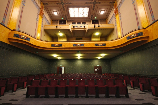 The 334-seat auditorium of the Louxor movie theater.